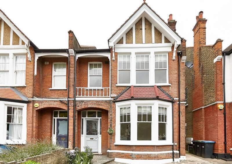 5 Bedrooms Semi Detached House for sale in Selborne Road, London, London, N14