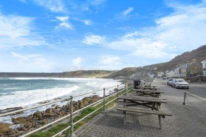 Flat for sale in Penzance, Cornwall