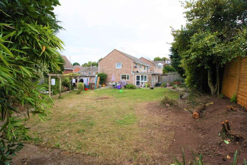 3 Bedrooms Semi Detached House for sale in Walton Road, Exeter