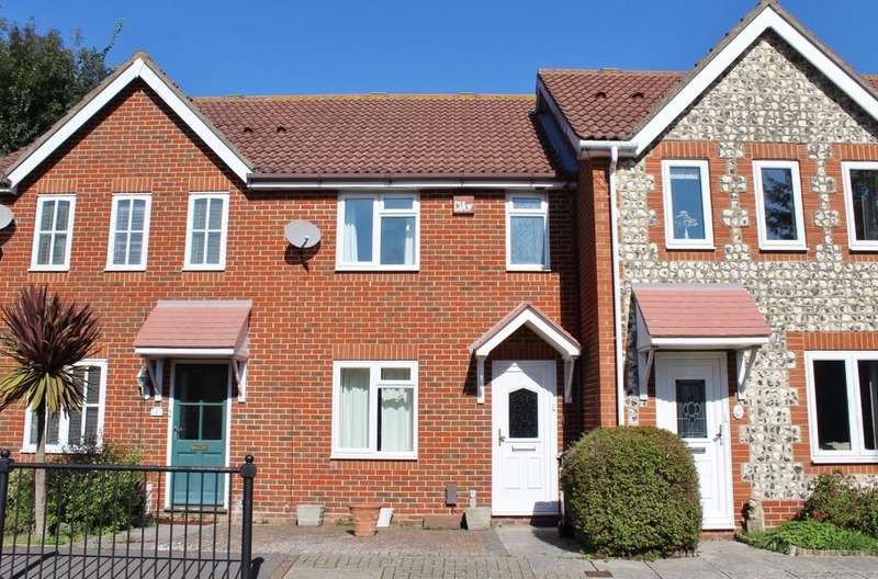 3 Bedrooms Terraced House for sale in Longfield Close, Southsea