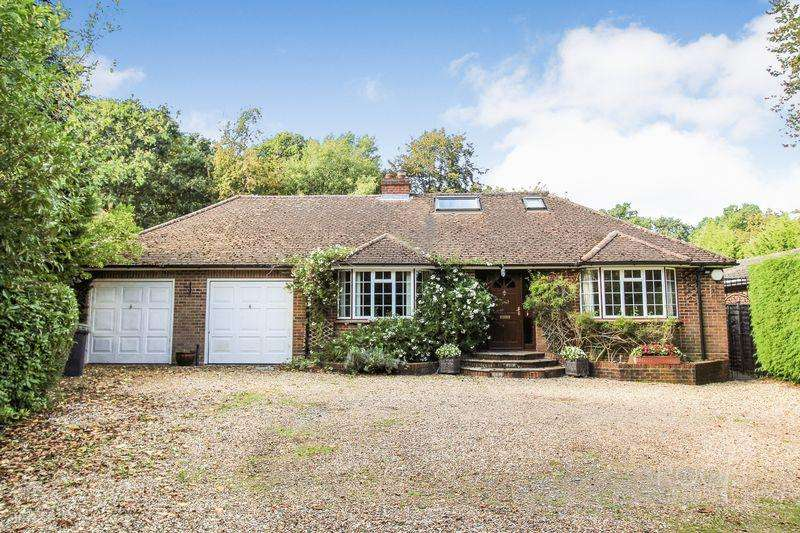 5 Bedrooms Detached Bungalow for sale in Harts Lane, Burghclere