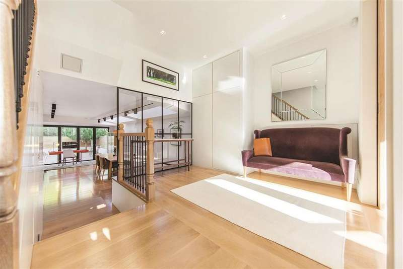 5 Bedrooms Terraced House for sale in Coleford Road, SW18