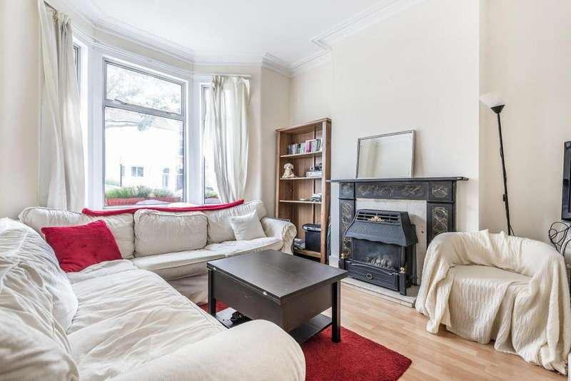 5 Bedrooms Terraced House for sale in Laitwood Road, Balham