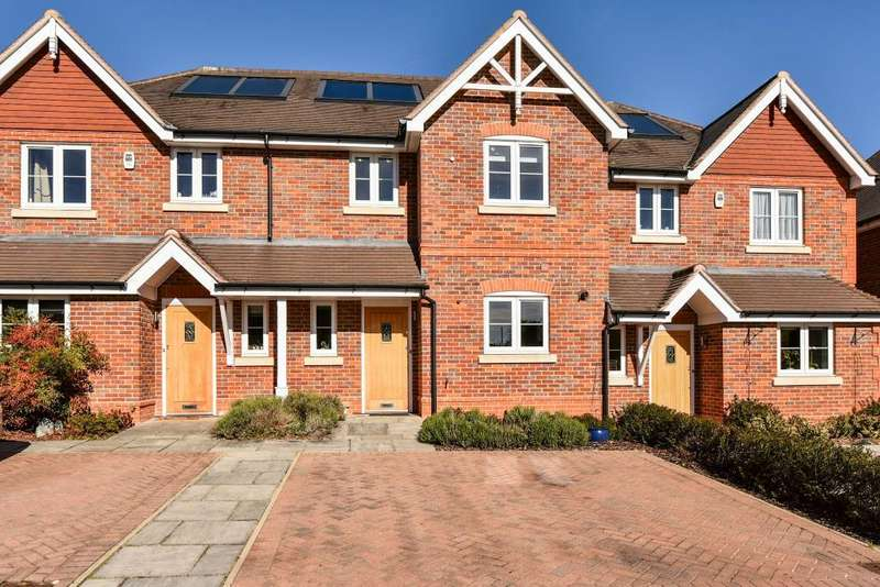 3 Bedrooms House for sale in St Matthews Court, Maidenhead, SL6
