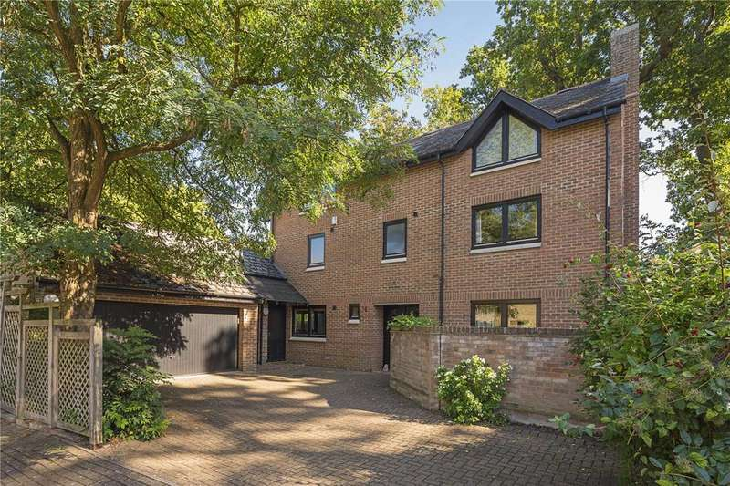 6 Bedrooms Detached House for sale in Chaucer Close, Cambridge, CB2