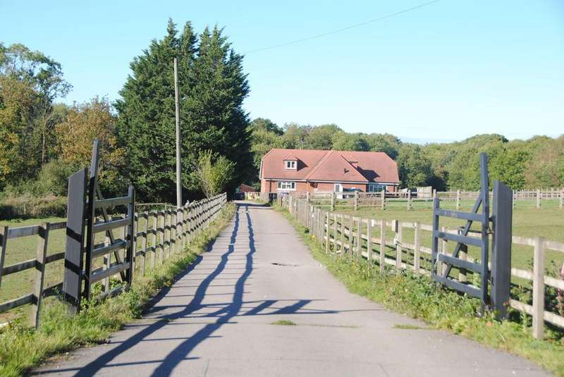 4 Bedrooms Detached House for sale in Westbury WILTSHIRE