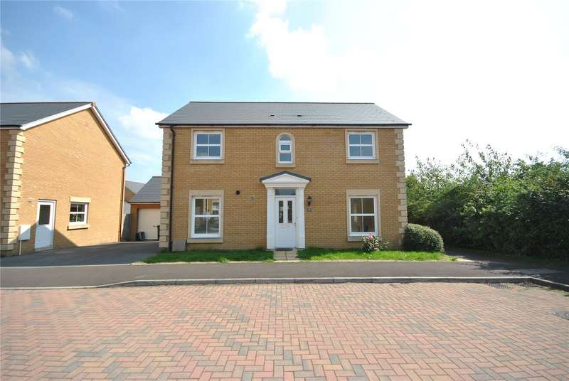 4 Bedrooms Detached House for sale in Kingswood Road, Crewkerne, Somerset, TA18