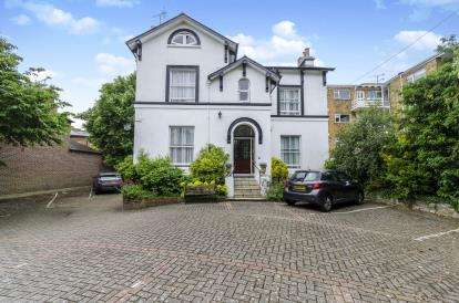 15 Bedrooms Detached House for sale in Southsea, Hampshire, United Kingdom