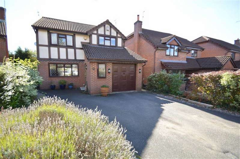 4 Bedrooms Detached House for sale in Brampton Avenue, Macclesfield