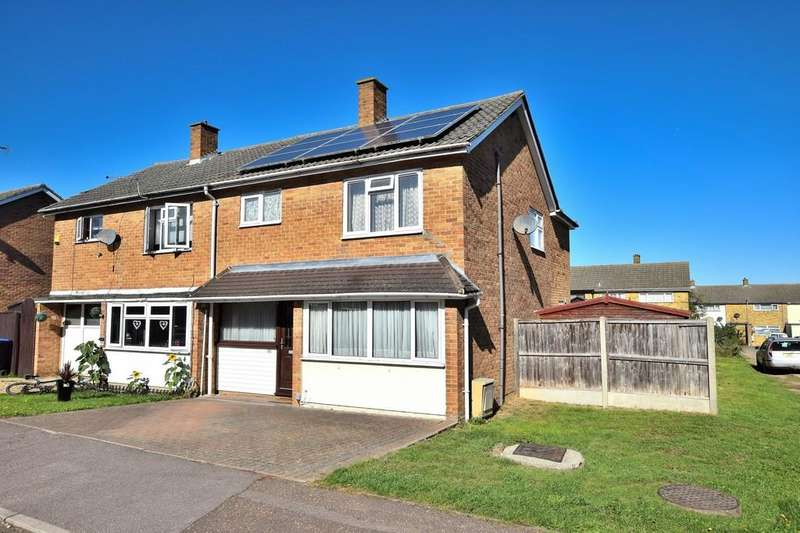 4 Bedrooms Semi Detached House for sale in Church Leys, Harlow