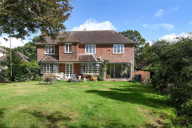 4 Bedrooms Detached House for sale in Hurst Road, Hassocks