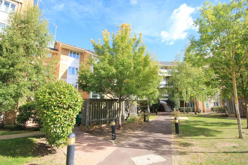 2 Bedrooms Apartment Flat for sale in Branagh Court, Reading, RG30