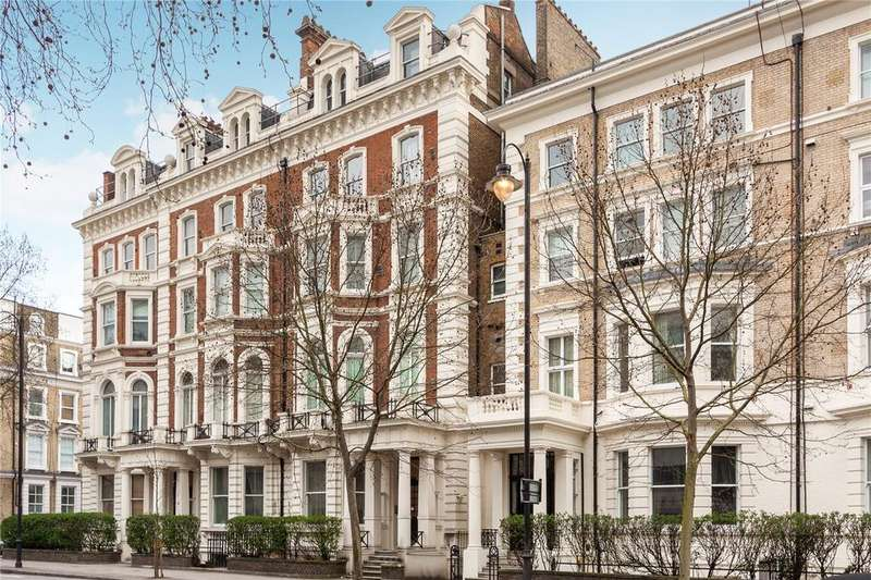 3 Bedrooms Flat for sale in Cromwell Road, Earls Court, London