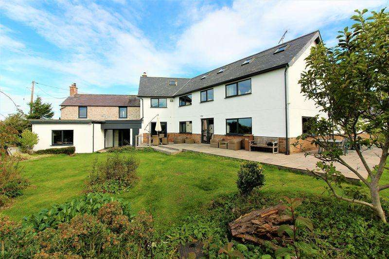 6 Bedrooms Detached House for sale in Waen Isa Lane, Babell, Holywell