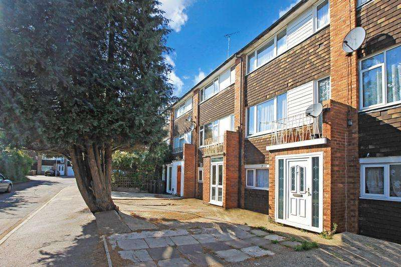 3 Bedrooms House for sale in Walking distance to station