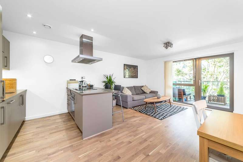 1 Bedroom Flat for sale in Spring Apartments, Canary Wharf, E14