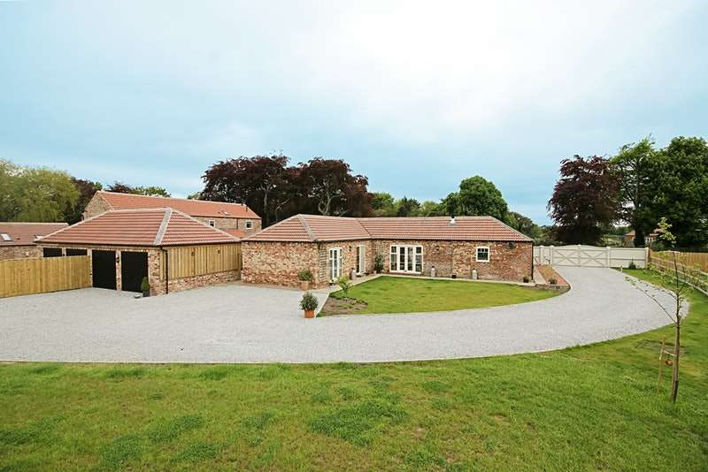 5 Bedrooms Barn Conversion Character Property for sale in East Common Lane, Barlow, Selby, North Yorkshire, YO8