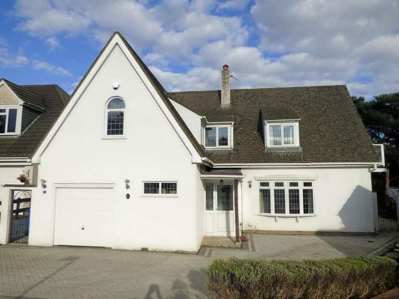 4 Bedrooms Detached House for sale in Corfe Way, Broadstone