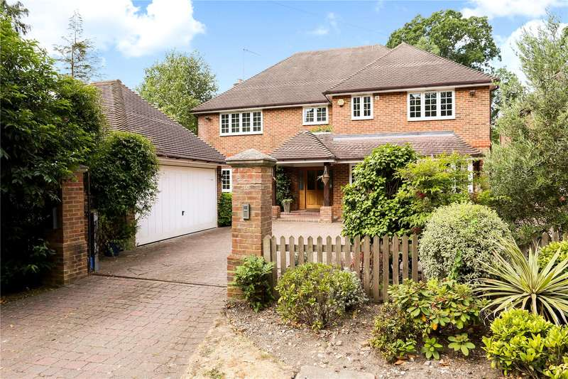 6 Bedrooms Detached House for sale in Brackendale Road, Camberley, Surrey, GU15