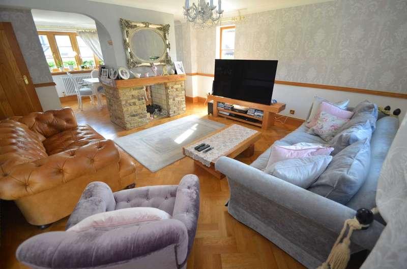 4 Bedrooms Detached House for sale in Elderberry Way, Watford
