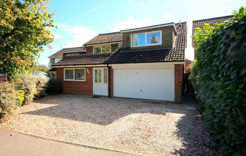 4 Bedrooms Detached House for sale in 4 DOUBLE BED DETACHED IN EXCLUSIVE SITUATION IN BOXMOOR