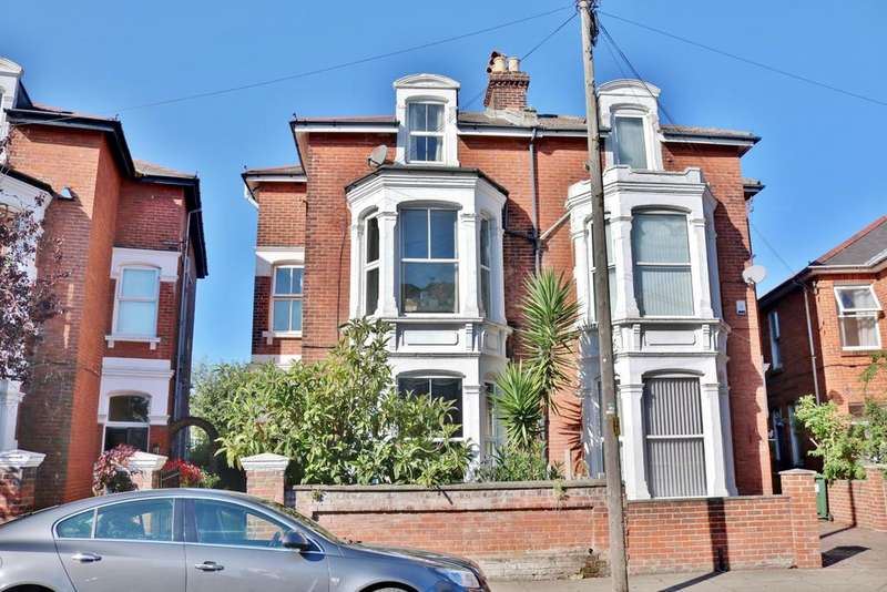 5 Bedrooms Semi Detached House for sale in Worthing Road, Southsea