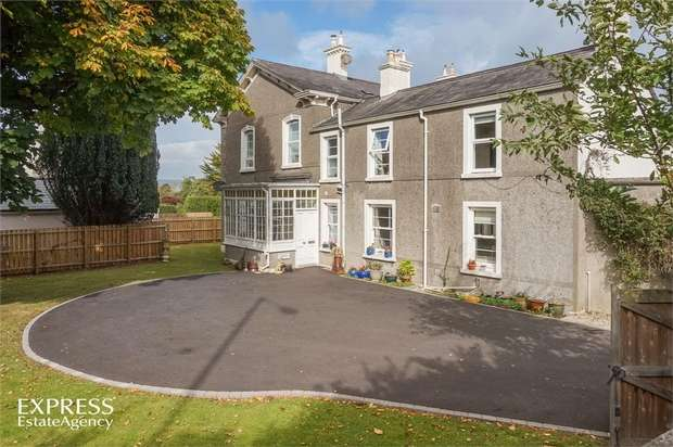2 Bedrooms Flat for sale in Bangor Road, Holywood, County Down