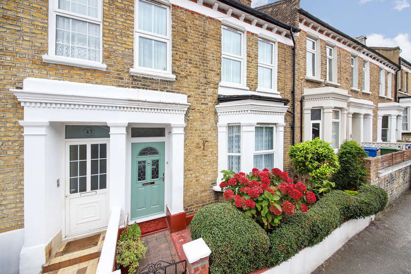 4 Bedrooms Terraced House for sale in Vestry Road, Camberwell, SE5