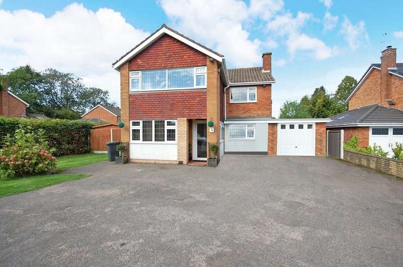 4 Bedrooms Detached House for sale in SUCKLING GREEN LANE , Codsall, Wolverhampton WV8