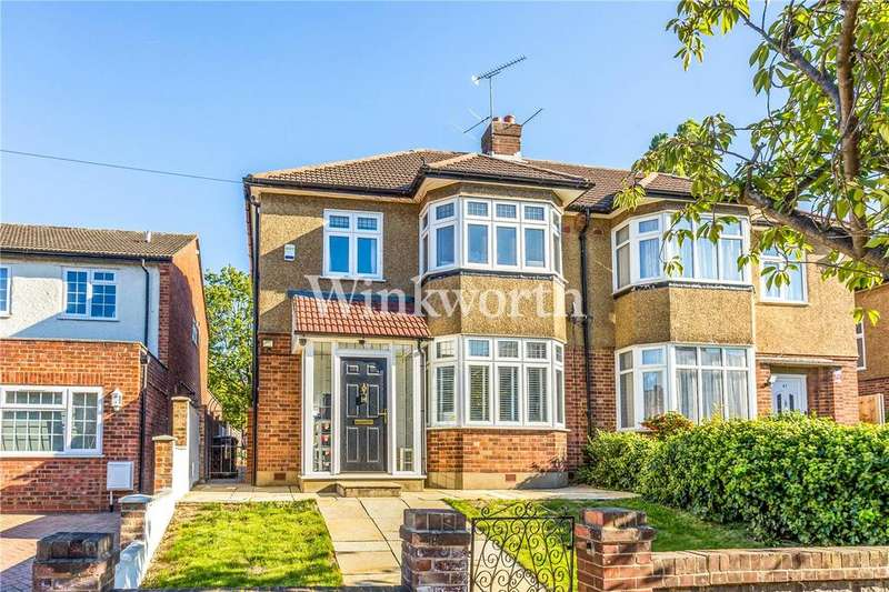 3 Bedrooms Semi Detached House for sale in Dawlish Avenue, London, N13