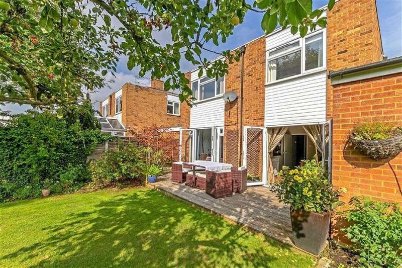 4 Bedrooms Detached House for sale in Coach Road, Henlow, Bedfordshire
