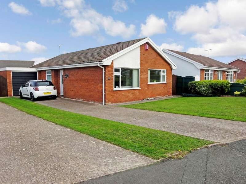 3 Bedrooms Detached Bungalow for sale in Heol Conwy, Abergele