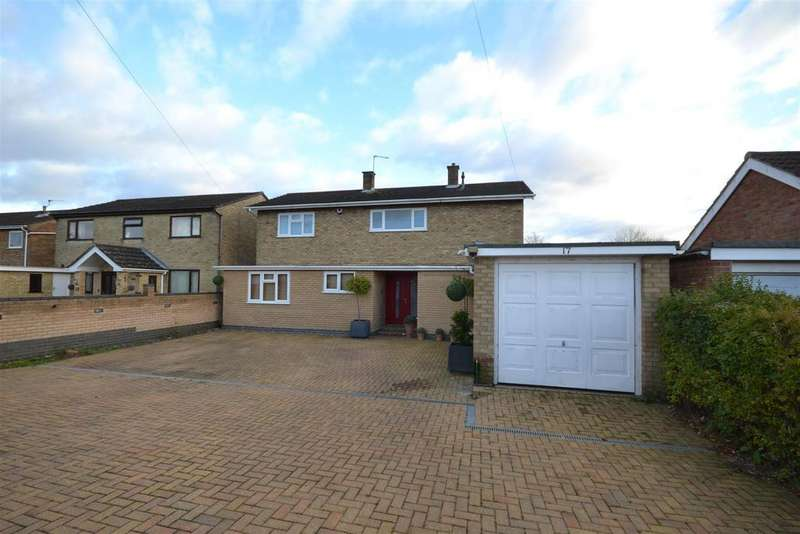4 Bedrooms Detached House for sale in Bernham Road, Norwich