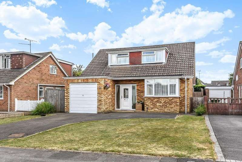 3 Bedrooms Detached House for sale in Walter Road, Wokingham, RG41