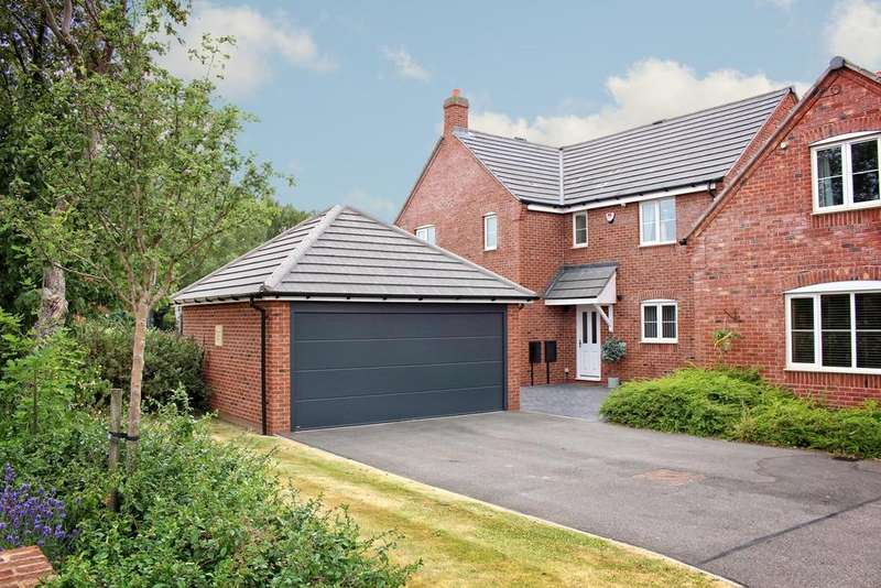 5 Bedrooms Detached House for sale in Kingsbury, Tamworth, B78