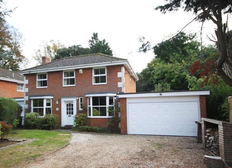 4 Bedrooms Link Detached House for sale in St Giles Close, Winchelsea, East Sussex TN36 4JA