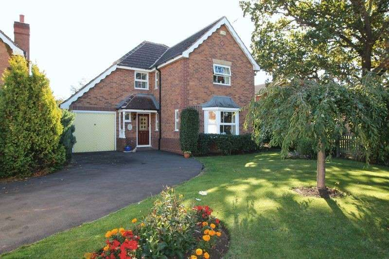 4 Bedrooms Detached House for sale in Snowshill Close, Barnwood, Gloucester
