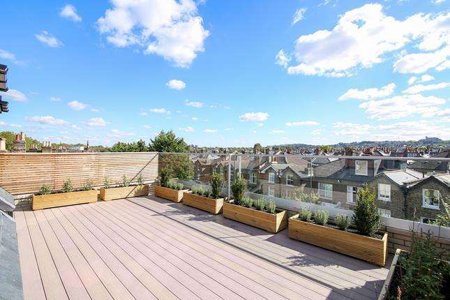 2 Bedrooms Flat for sale in Tessa Apartments, The Penthouse, 117 East Dulwich Grove, London, SE22 8PU