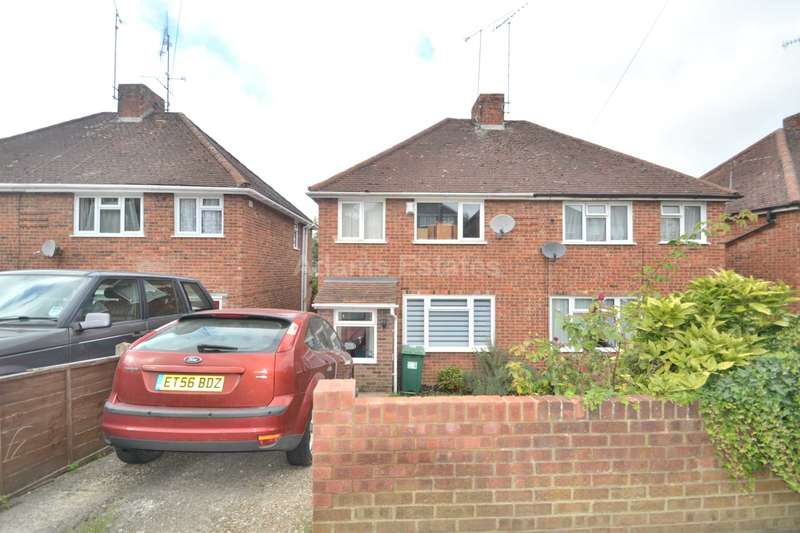 3 Bedrooms Semi Detached House for sale in Rodway Road, Reading