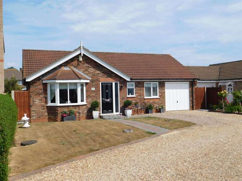 3 Bedrooms Detached Bungalow for sale in Danial Close, Winthorpe, Skegness, PE25 1RQ