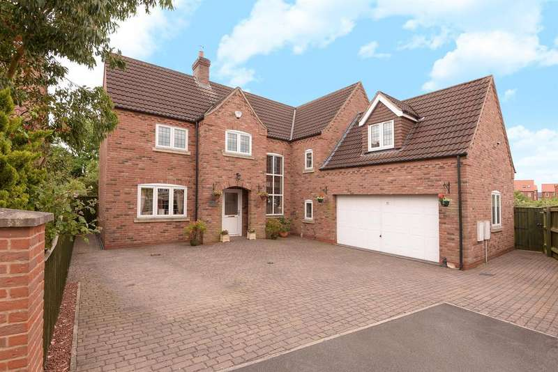 5 Bedrooms Detached House for sale in Lock Keepers Way, Louth