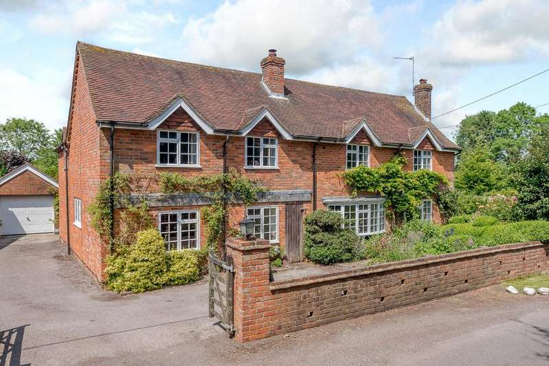 5 Bedrooms House for sale in Pamber Road, Charter Alley, Tadley, RG26