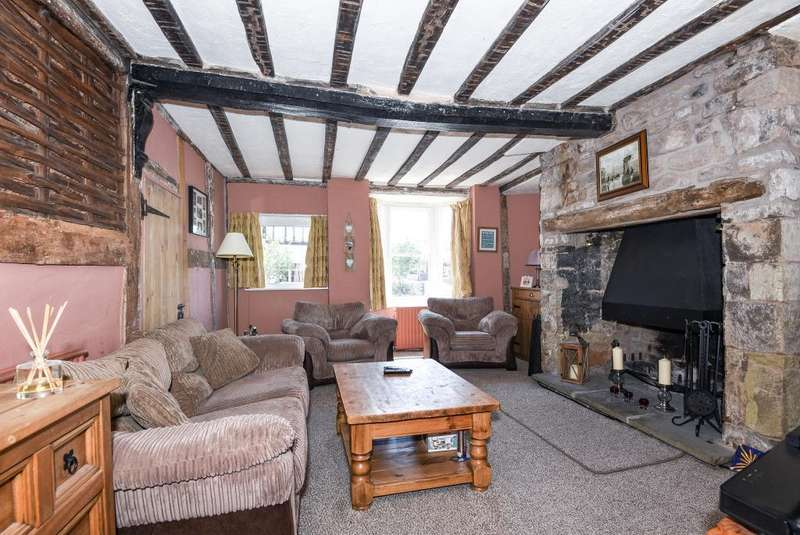5 Bedrooms Cottage House for sale in Kington, Herefordshire, HR5