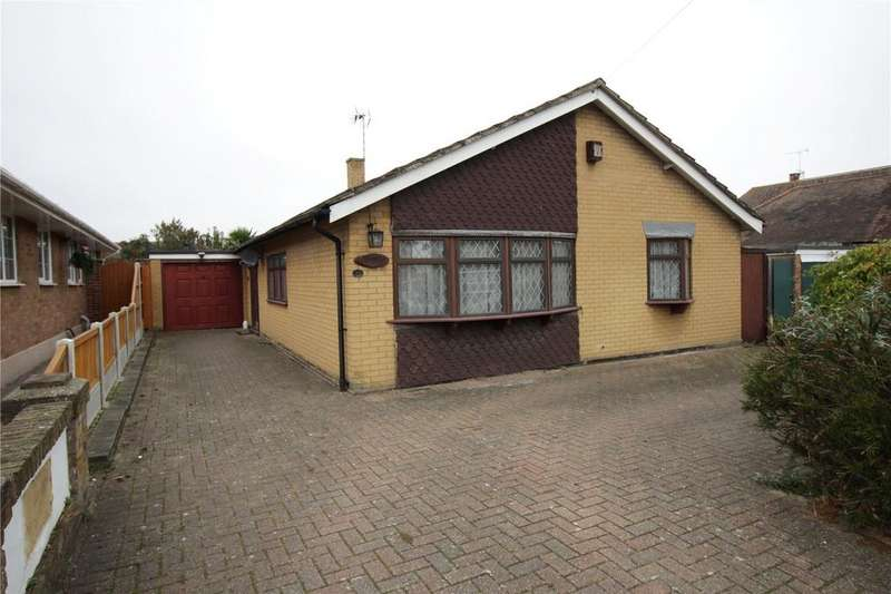 4 Bedrooms Bungalow for sale in Tavistock Road, Laindon, Essex, SS15