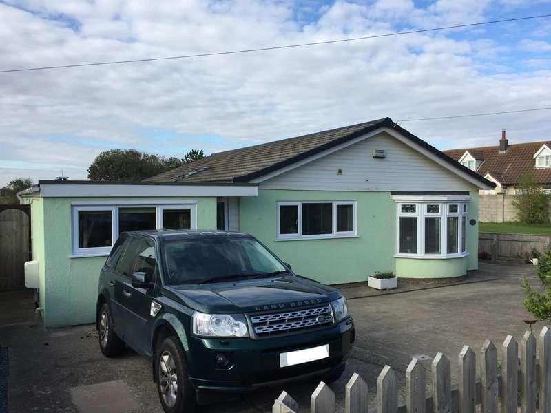 3 Bedrooms Detached Bungalow for sale in Roman Bank, Sandilands, Lincs., LN12