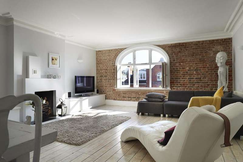 2 Bedrooms Apartment Flat for sale in Palmeira Avenue, , Hove, BN3