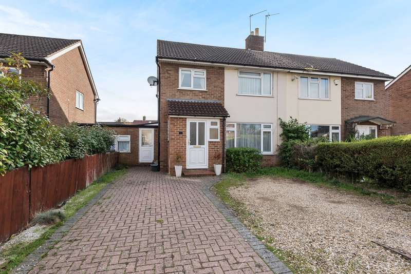 3 Bedrooms Semi Detached House for sale in St Peters Road, South Ham, Basingstoke, RG22