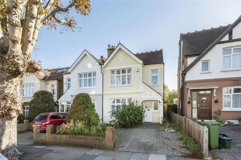 3 Bedrooms Semi Detached House for sale in Deanhill Road, London, SW14