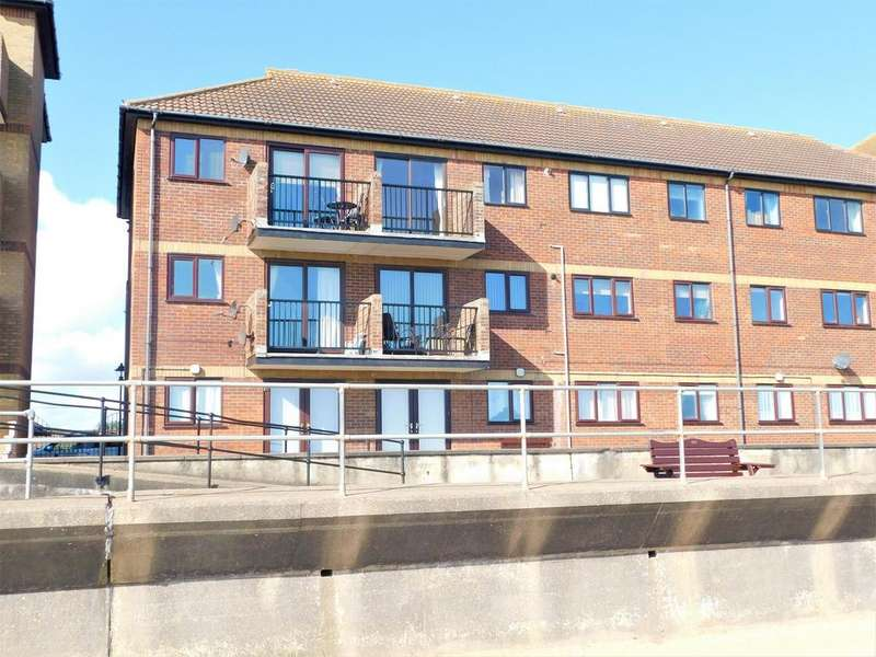 3 Bedrooms Flat for sale in Queens Park Close, Mablethorpe, LN12 2XA