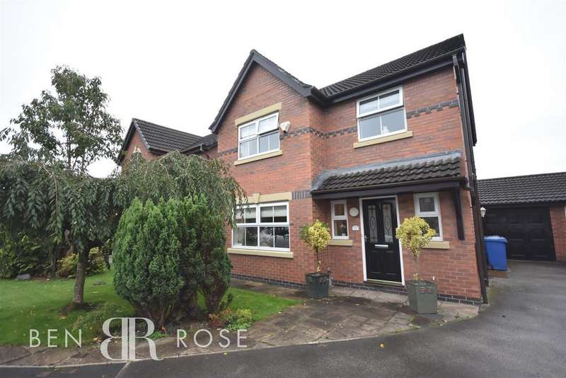 3 Bedrooms Detached House for sale in Snowdrop Close, Leyland